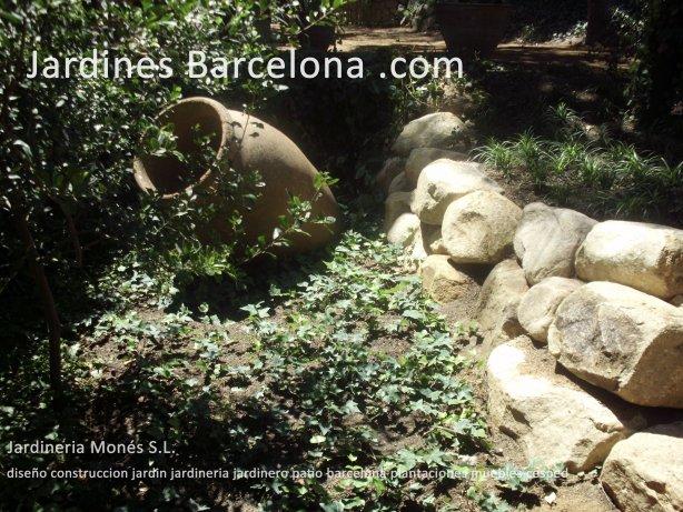 Construccion dise�o jardines jardin patio cubierta terraza Barcelona riego cesped plantas pavimento valla pergola muebles jardineria jardineros Valldoreix Sant Cugat Valles Tiana Alella Fost Premia Cabrera  Maresme Badalona