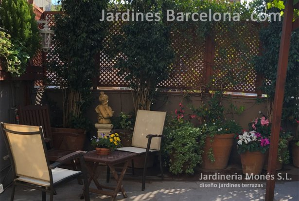 Dise�o construccion decoracion terrazas peque�as Barcelona jardineria riego tarima madera cenadores Terrassa Sant Cugat Valles Sant Vicen� de Montalt Andreu Llavaneres Tiana Alella Cabrils Premia dalt Cabrera Argentona Maresme