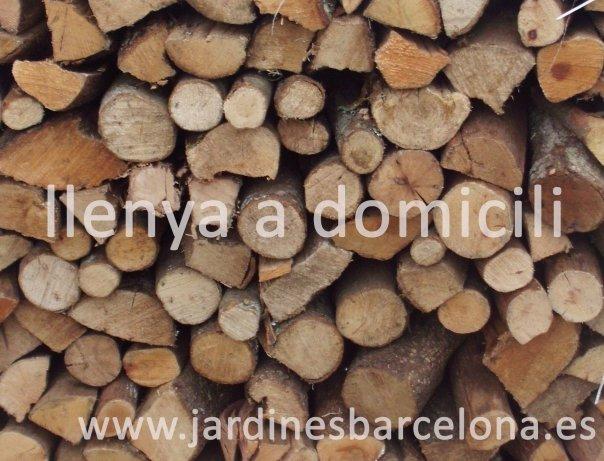 Venta sacas le�a encina servicio a domicilio barbacoa chimenea estufa astillas pino Barcelona Badalona Sant Just Cugat Valles Montcada Mataro Tiana horno Horta Vilassar dalt mar Maresme Llobregat