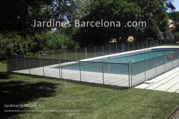 Mantenimiento construccion piscinas Barcelona piscina terrazas exteriores jardines jardin Terrassa Cugat Valles Sant Vicen� Montalt Llavaneres Tiana Alella Cabrils Premia dalt mar Cabrera Badalona jardineria Maresme