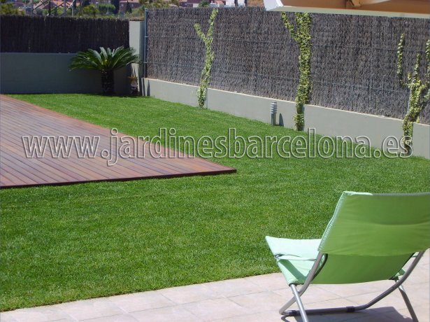 Cesped artificial sintetico jardin terrazas jardineria jardinero Barcelona Maresme Valles Montalt Tiana Alella Premia mar dalt Cugat Argentona Llobregat
